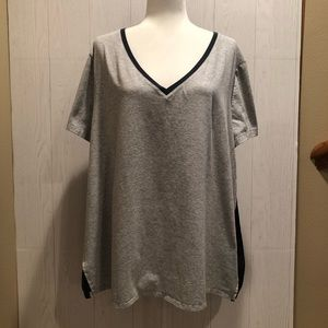 Livi Active V Neck with woven back Top